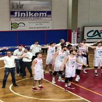 Basket, San Miniato batte Montecatini e festeggia così con il suo pubblico