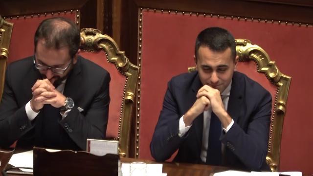 Ddl anticorruzione, Senato approva la fiducia: l'applauso di Bonafede e Di Maio