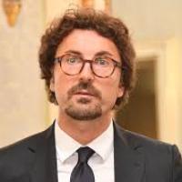 """Esercito per le buche di Roma, Toninelli: """"Intervento straordinario, complimenti a Raggi e Trenta"""""""