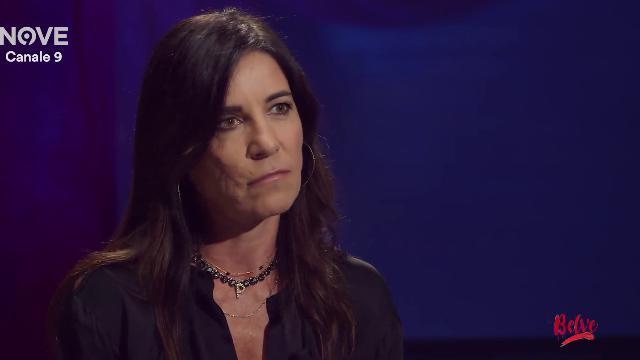 La rivelazione di Paola Turci in tv: ''Molestata a 13 anni, se tornassi indietro lo denuncerei''