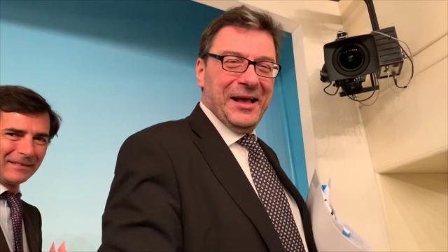 """Carige, Giorgetti: """"Nazionalizzazione per il governo è possibilità concreta"""""""