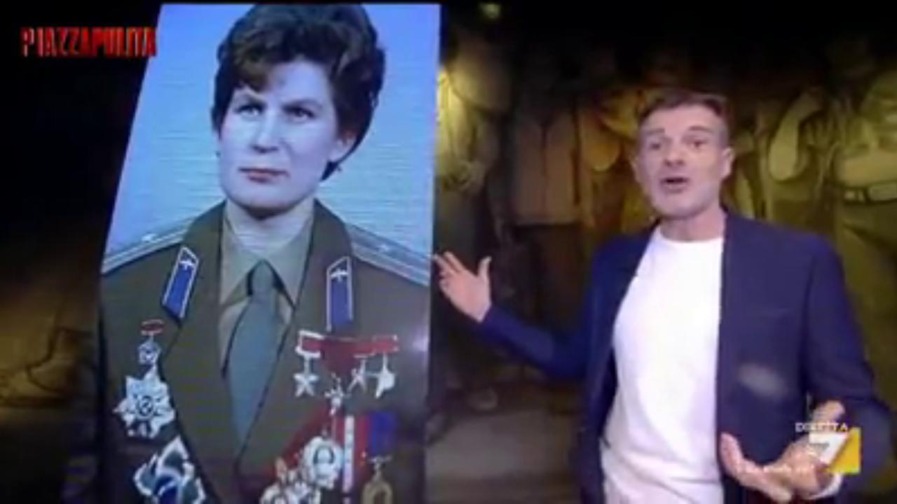 stefano massini racconta la prima donna astronauta il grande segreto di valentina tereskova. Black Bedroom Furniture Sets. Home Design Ideas