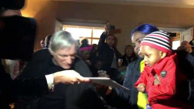 """Ceraso, 13 piccoli migranti diventano cittadini onorari. Don Ciotti: """"Altri Comuni seguano l'esempio"""""""