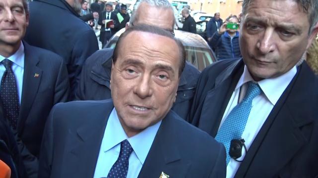 Arresto genitori Renzi, Berlusconi: