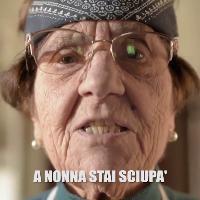 Da 'Soldi' a 'Rolls Royce': nonna Rosetta di Casa Surace ricanta le hit di Sanremo