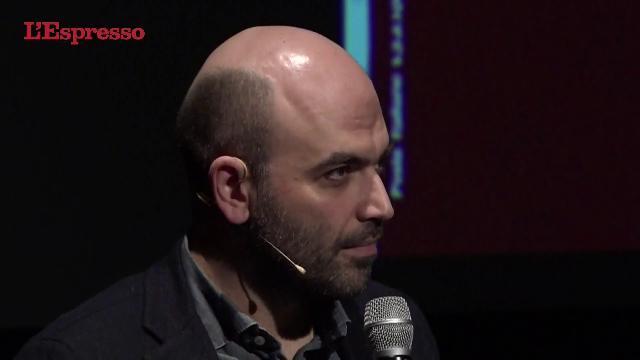 """Saviano: """"Solo il giornalismo può raccontare la verità ai tempi dei cialtroni social"""""""
