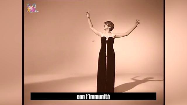 Sora Cesira, la parodia sull'immunità parlamentare: 'L'immensità' di Mina diventa 'L'immunità'