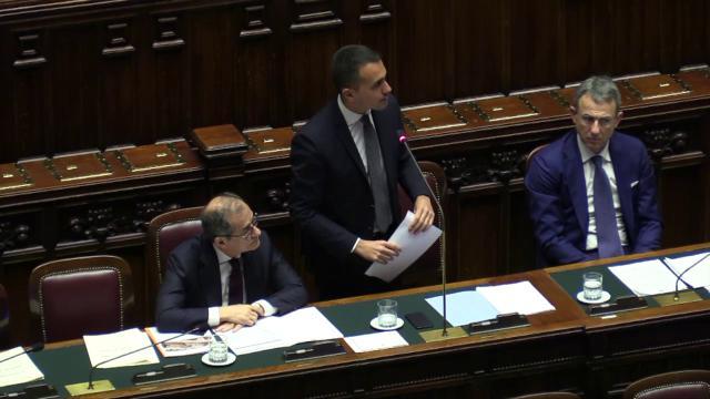"""Reddito di cittadinanza, Pd ironizza con Di Maio: """"Selezione navigator sembra settimana enigmistica"""""""