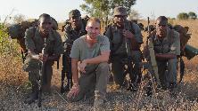 Rhino Man, il docufilm sui guardiani della savana