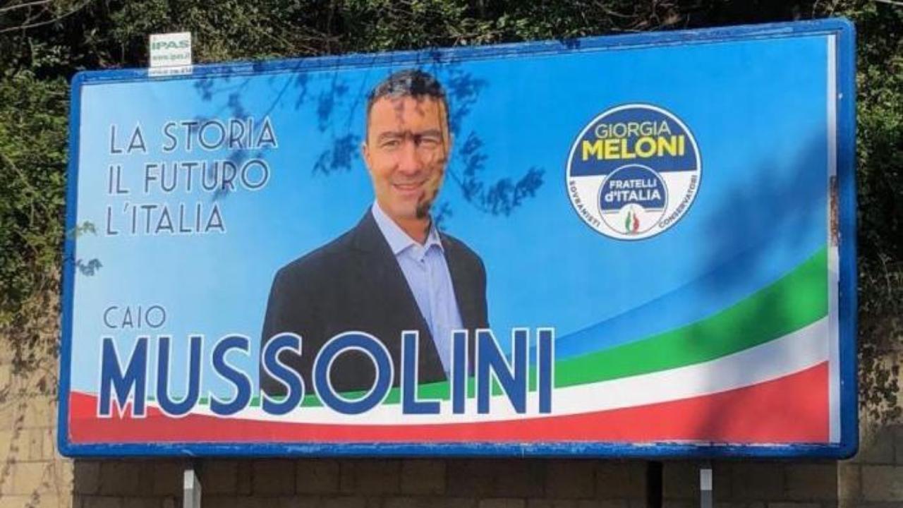 """Risultati immagini per Caio Giulio Cesare Mussolini alle Europee, rivolta social contro i manifesti: """"Il font fascio no!"""""""