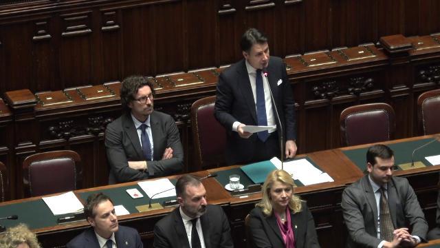 Libia, Conte: ''Forte preoccupazione per l'Italia. Contatti con Haftar tramite suo emissario''