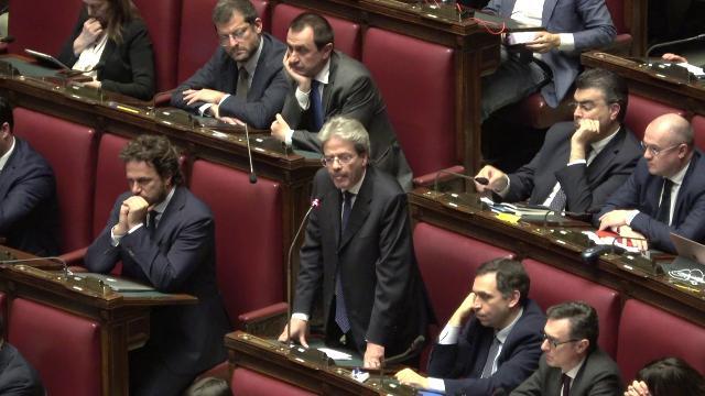 Libia, Gentiloni: ''Italia non sostenga l'offensiva di Haftar''