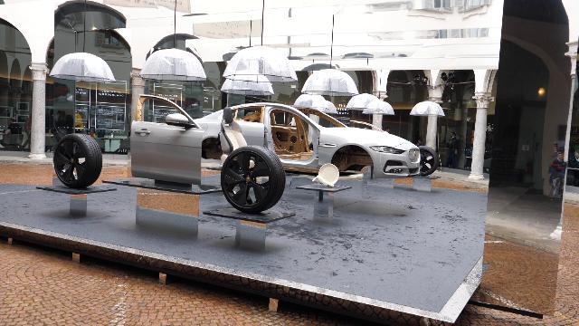 Jaguar XE e le sue componenti