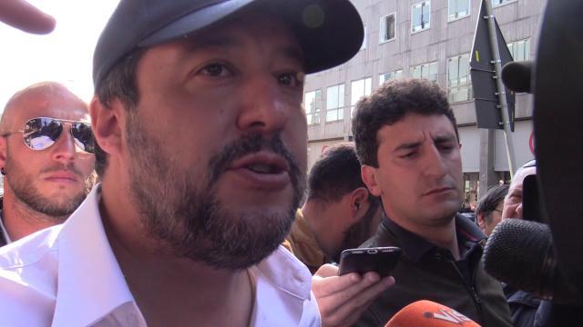 Caso Siri, Salvini non commenta e cambia argomento: ''C'è da lavorare, servono telecamere negli asili nido''