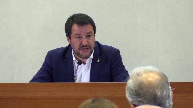 """Caso Siri, Salvini: """"Chi associa Lega alla mafia si sciacqui la bocca. Darei mia vita per eliminarla"""""""