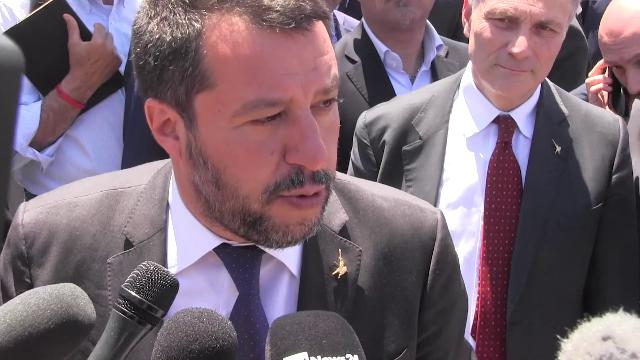 Abuso d'ufficio, Salvini: ''Di Maio fa muro? Va rivisto perché blocca il paese, lo dice anche Conte''