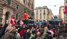 Casapound a Genova, scontri fra antagonisti e polizia
