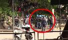 Genova, giornalista di Repubblica picchiato dalla polizia durante scontri con antagonisti: il video