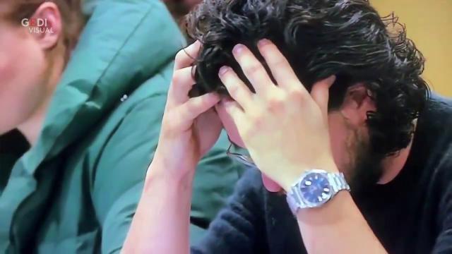 Game of Thrones, Kit Harington legge il copione dell'ultima puntata e reagisce così (spoiler)