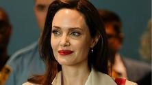 Angelina Jolie, da Lara Croft a Maleficent: i 44 anni di una (non solo) diva