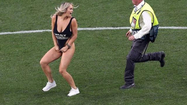 Tottenham-Liverpool: chi è Kinsey Wolanski, la ragazza che ha invaso il campo nella finale di Champions League