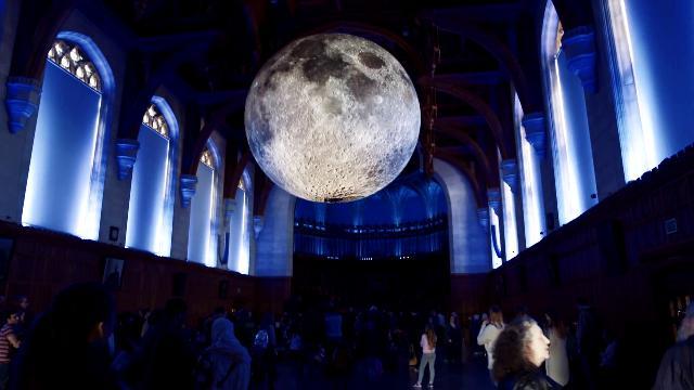 'Moon', il documentario che racconta com'è cambiato il nostro sguardo verso la Luna