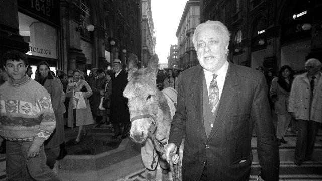 La morte, Napoli, l'amore: così parlò De Crescenzo