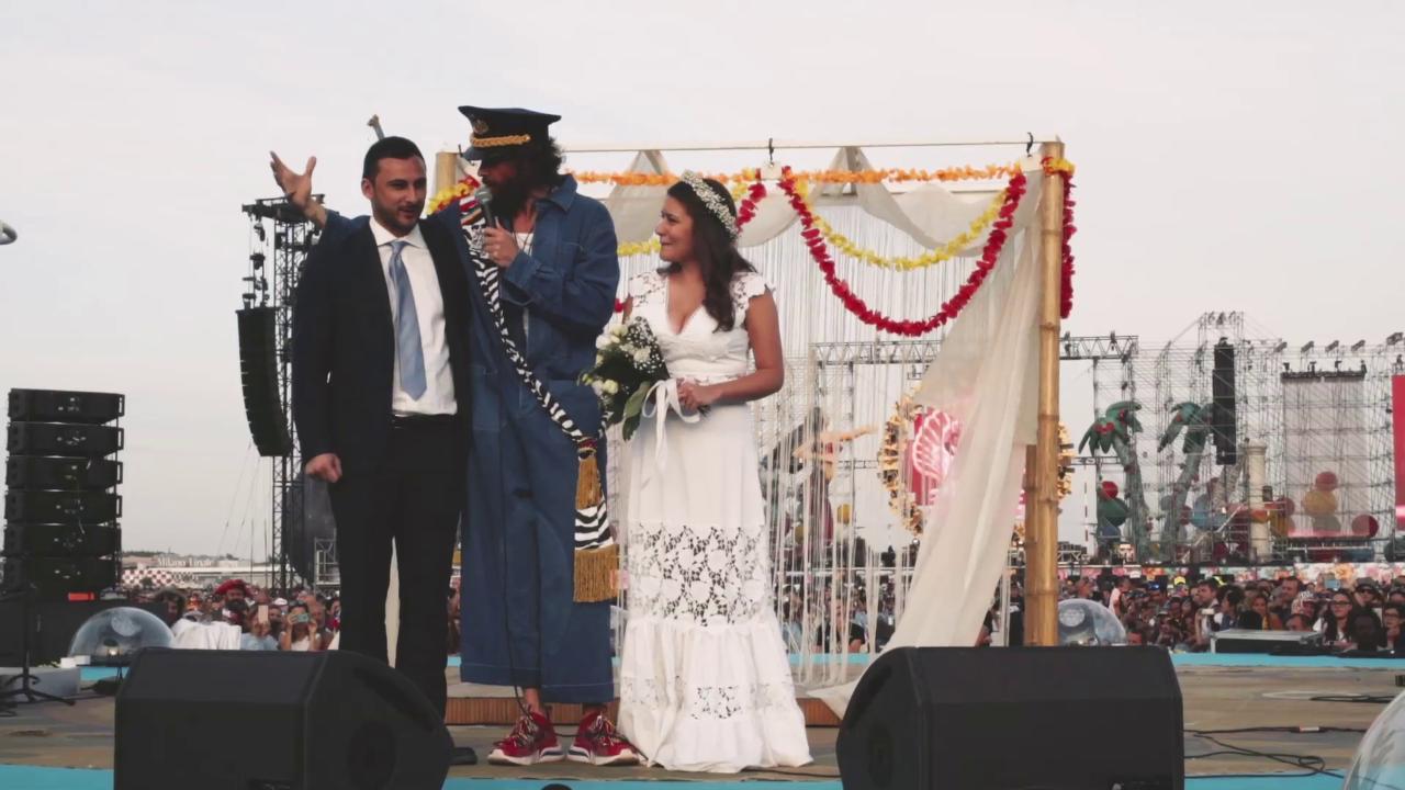 Risultati immagini per matrimonio andrea susanna jova beach party