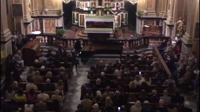 Ezio Bosso alla cappella del Barolo: 'È la mia ultima esibizione in pubblico'