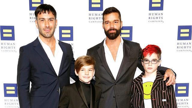 """""""Siamo incinti"""", Ricky Martin e Jwan Yosef di nuovo papà: l'annuncio del quarto figlio in arrivo"""