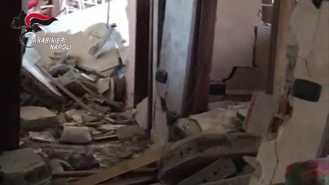 Napoli, arrestato il bombarolo di Arzano - Il Piccolo