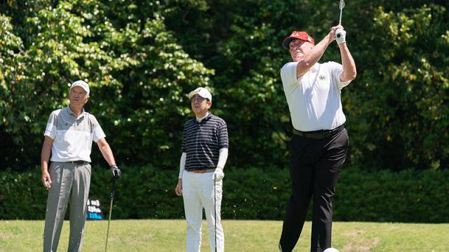 Quanto costa e quanto frutta l'impero del golf di Donald Trump tra green e lusso sfrenato