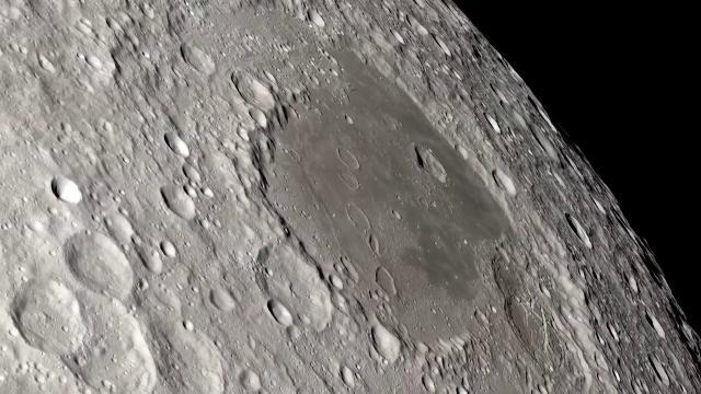 Cosa c'è sotto la regolite: svelata la faccia nascosta della Luna