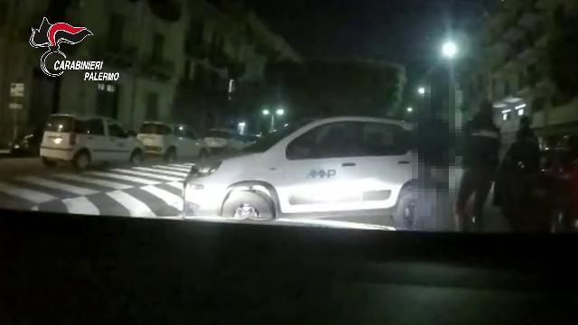 Palermo, tentato furto in centro: due arresti