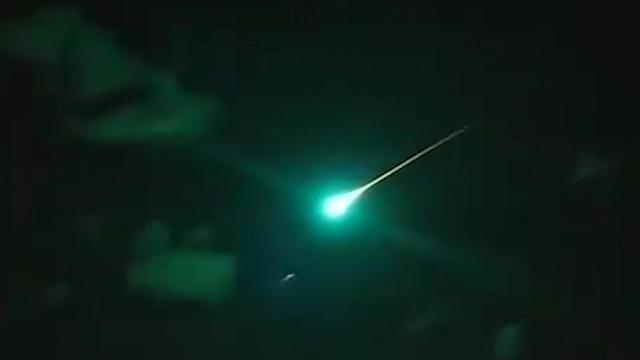 Brivido in Australia: un asteroide grande come sei campi da calcio attraversa il cielo