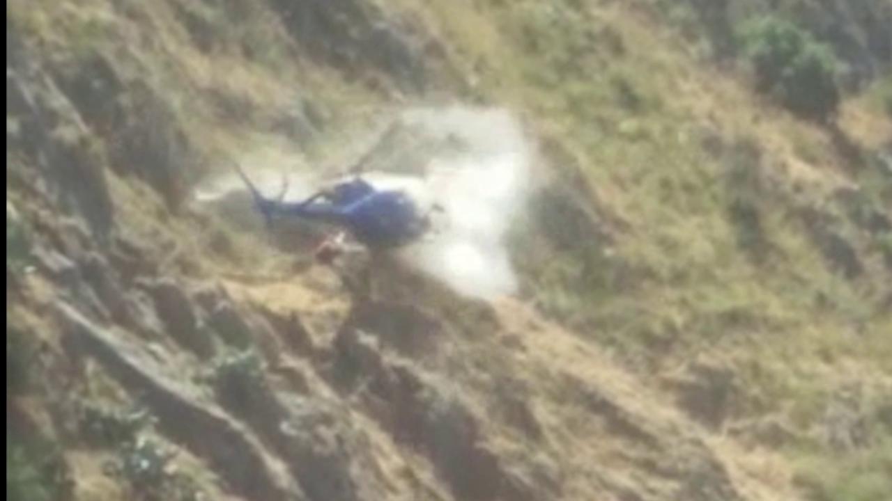 Palermo, elicottero sbatte sulla montagna di Collesano e precipita: nessun morto