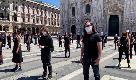 """Flashmob di Ghemon, Lodo, Diodato, Levante e Agnelli in piazza Duomo: """"Il nostro è un lavoro, non siamo saltimbanco"""""""