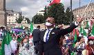 Centrodestra in piazza a Roma, il popolo di Salvini non si fida di Berlusconi: