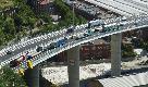 Genova, aperto Ponte San Giorgio: il drone in volo sulle auto incolonnate