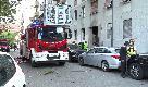 Esplosione in un appartamento, fortissimo boato a Milano sud: i vigili del fuoco sul posto