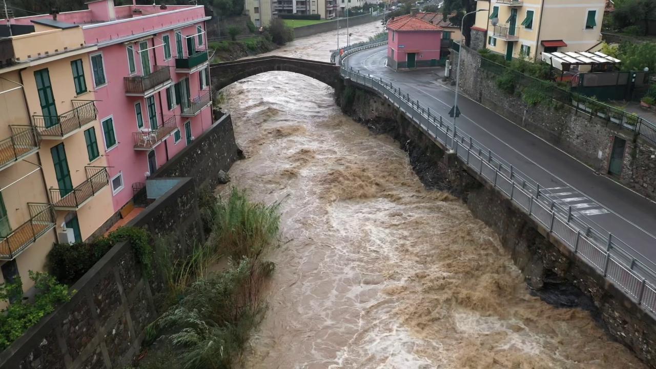 Forte maltempo nel weekend su tutta Italia, allerta rossa in Liguria e  Veneto - la Repubblica