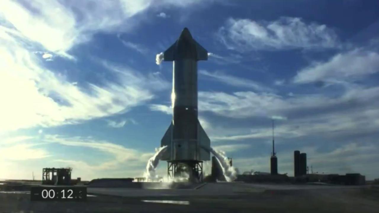SpaceX, c'è un problema ai motori Raptor: il lancio di Starship SN8 fermato un secondo prima del decollo