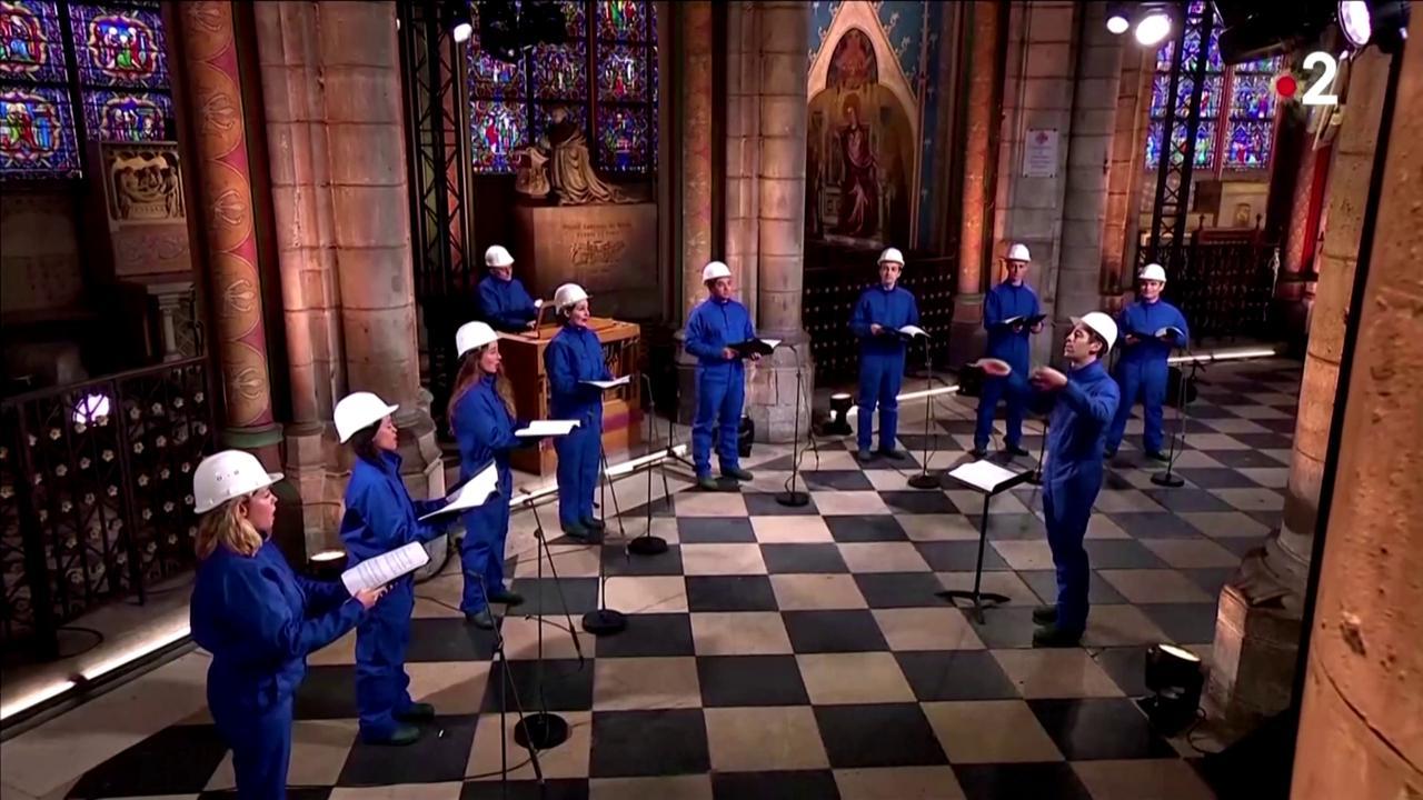 Parigi, concerto di Natale a Notre-Dame: è il primo dopo l'incendio del 2019 - la Repubblica