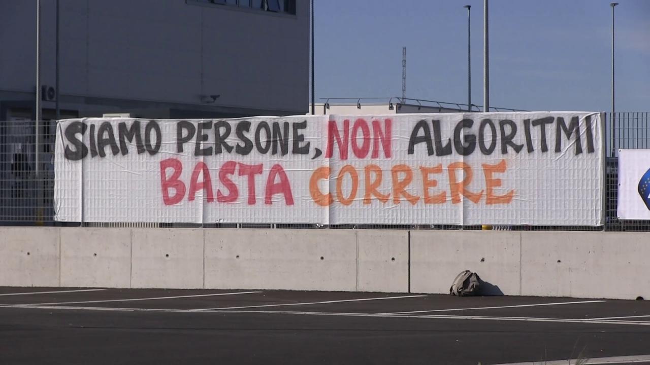 """Amazon, lo sciopero anche a Pisa e a Calenzano. I sindacati: """"Una consegna  ogni tre minuti è insostenibile"""" - la Repubblica"""