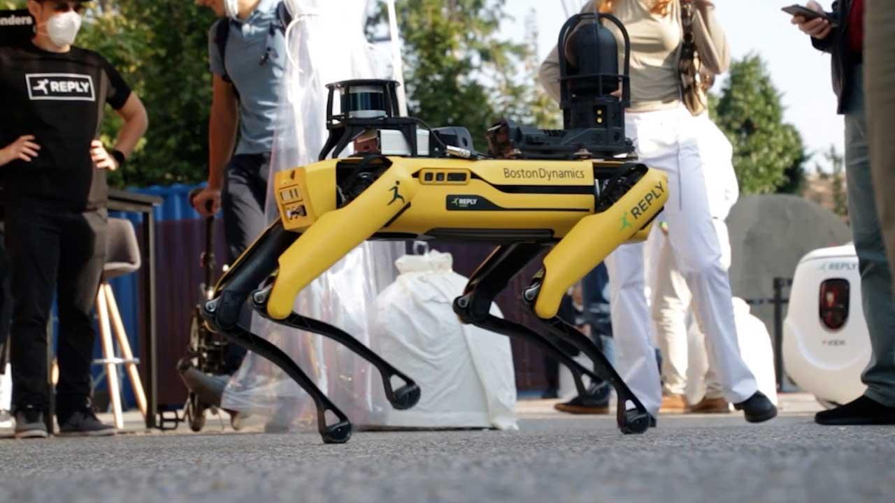 Come funziona Spot, il cane-robot della Boston Dynamics che costa 74mila dollari